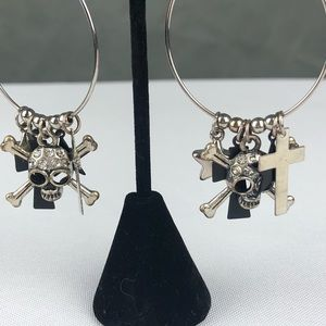 Hot Topic Silver Skull & Star Fashion Drop Hoops
